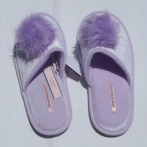 Victoria's Secret Slippers - Sz. 7 - 8 (M) - NWT